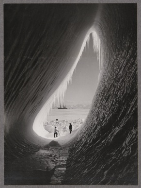 Grotto_in_an_iceberg copy