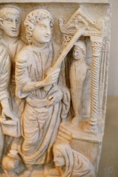 raising of lazarus - jesus as magician (sarcophagous, roman catacombs, 4th century)