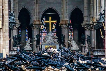Cathedral of Notre-Dame of Paris fire aftermath, France - 16 Apr 2019